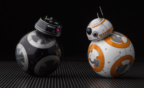 "This is not a drill — there's going to be an evil, goth BB-8 droid in ""Star Wars: The Last Jedi"""