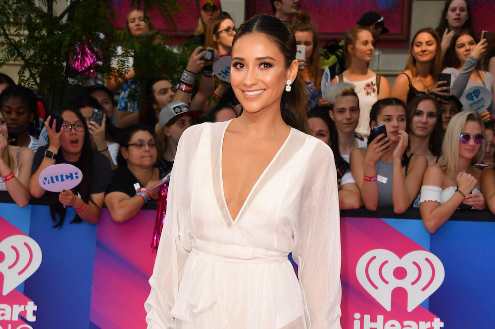 Shay Mitchell just posted her first makeup tutorial and, BRB, because we have to memorize this whole thing