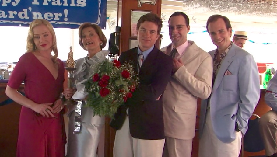 "Lucille Bluth just reunited with her favorite son on the set of ""Arrested Development"" Season 5"