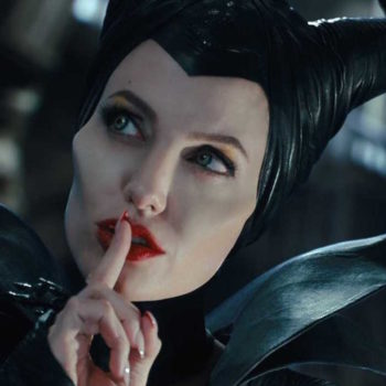 """Angelina Jolie will return for """"Maleficent 2,"""" and Elle Fanning better join her"""