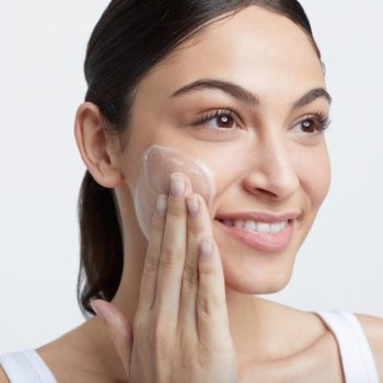 """Here's why you should add """"double cleansing"""" to your skin care routine"""