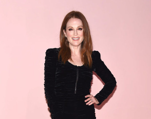 "Julianne Moore thinks people should enjoy getting older and says ""it's a privilege to age,"" and we're here for it"