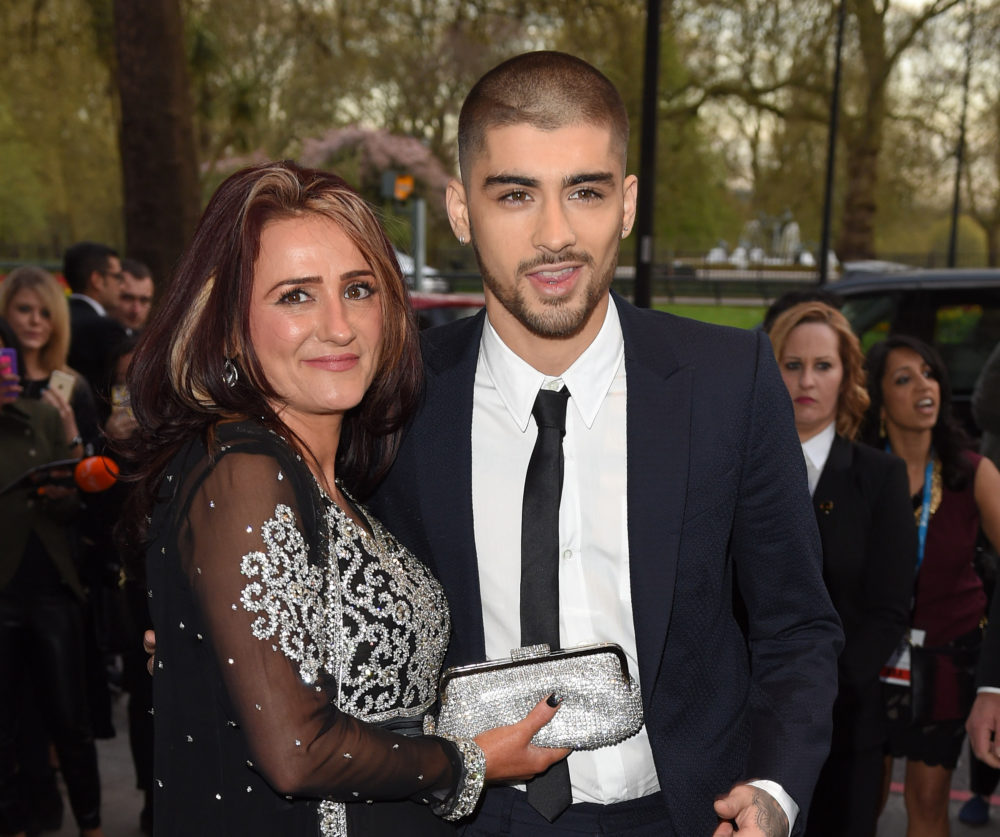 "Zayn Malik's mom loves his new ""Dusk Till Dawn"" music video and, like, same"