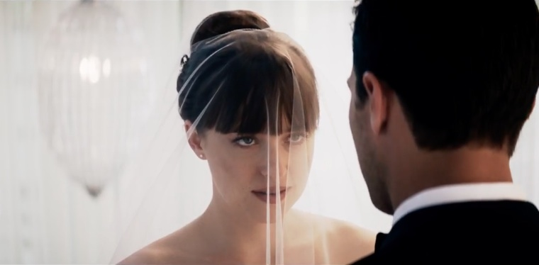 "Ana's wedding dress in the ""Fifty Shades Freed"" teaser is stunning, and here are some just like it"