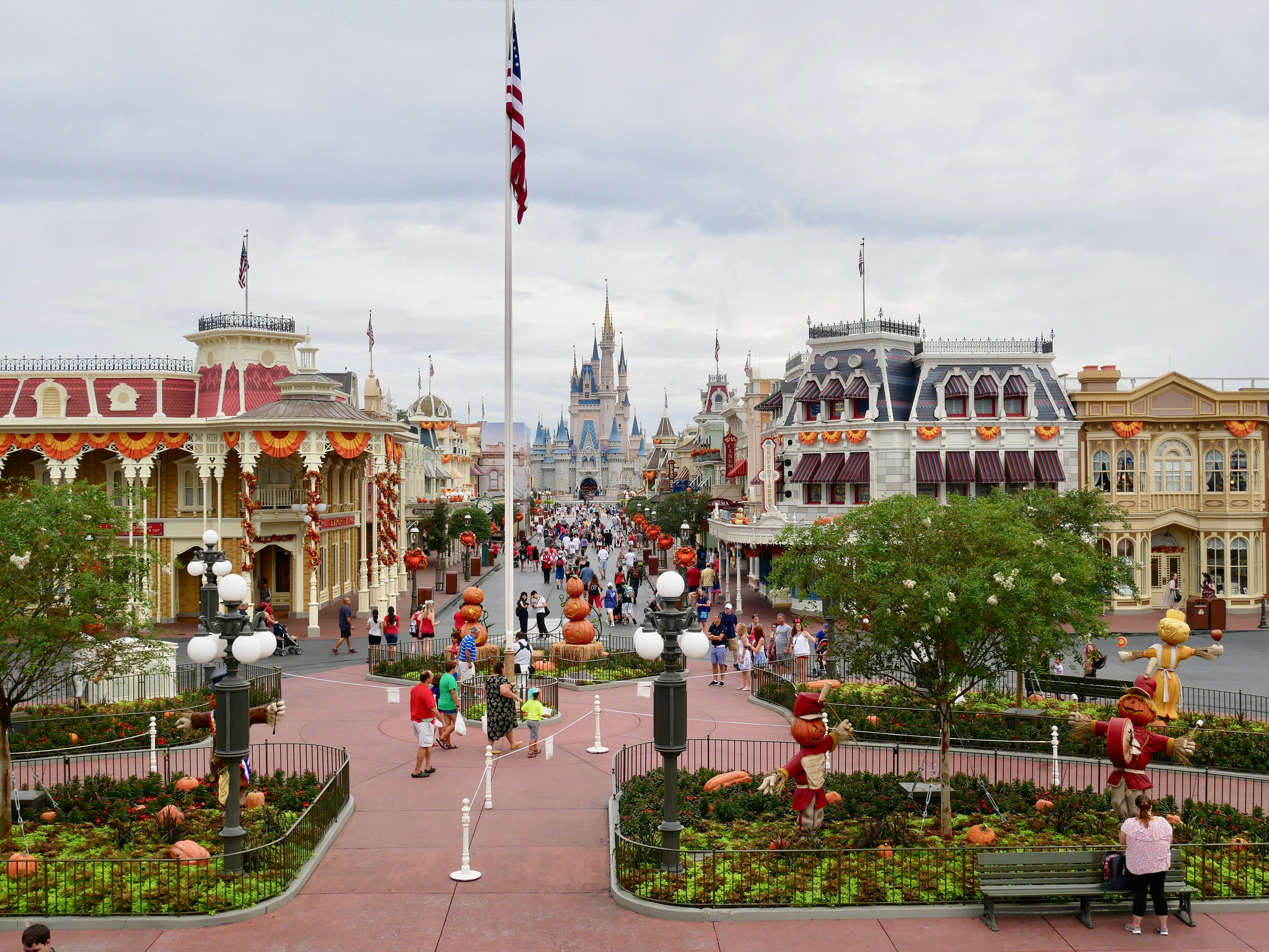 Here's how much money Disney World *probably* lost closing down for two days