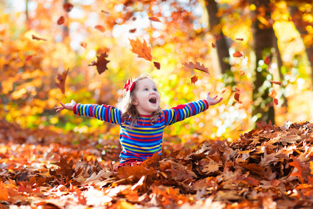 Here are 25 beautiful names for babies born in the fall
