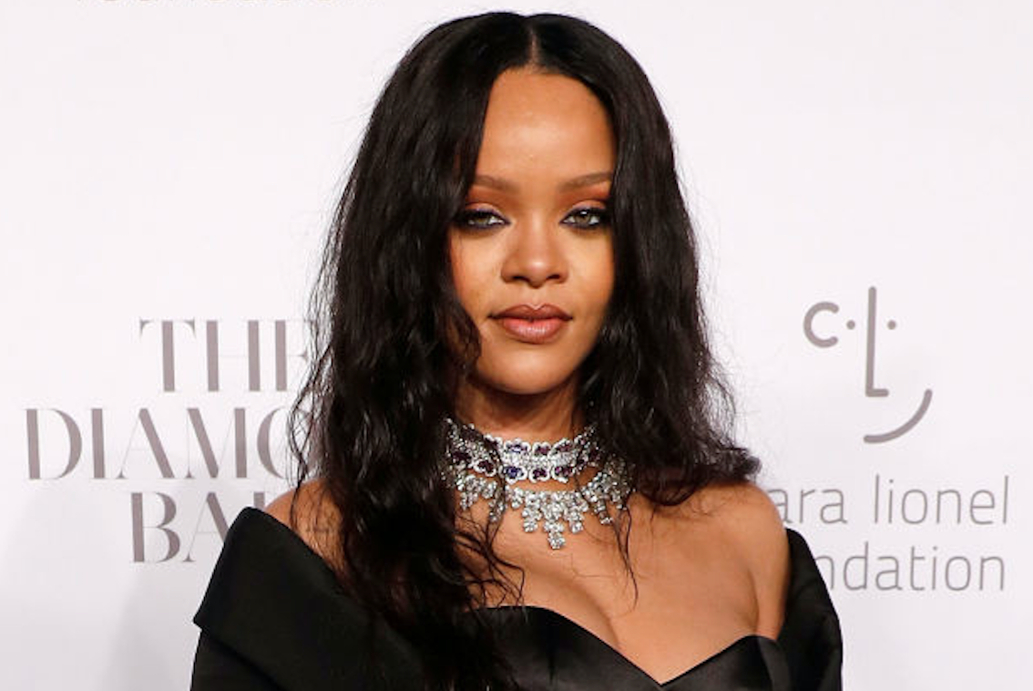 Rihanna's vampire queen goth dress is giving us Halloween costume inspo