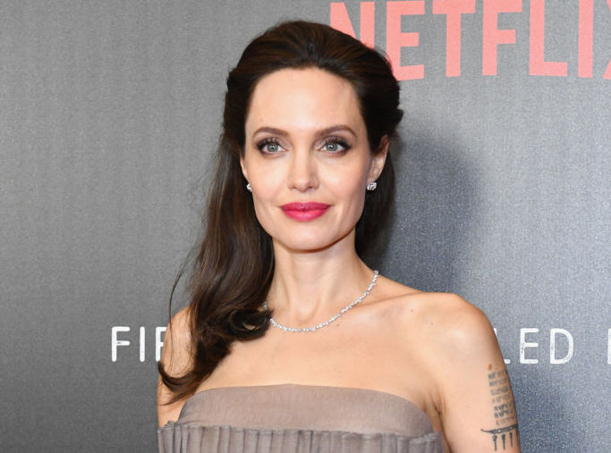 Angelina Jolie's gray princess gown might be her best look ever