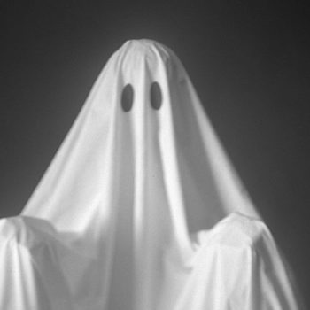 """There's a dating trend called """"haunting,"""" and yes, it's different from """"ghosting"""""""