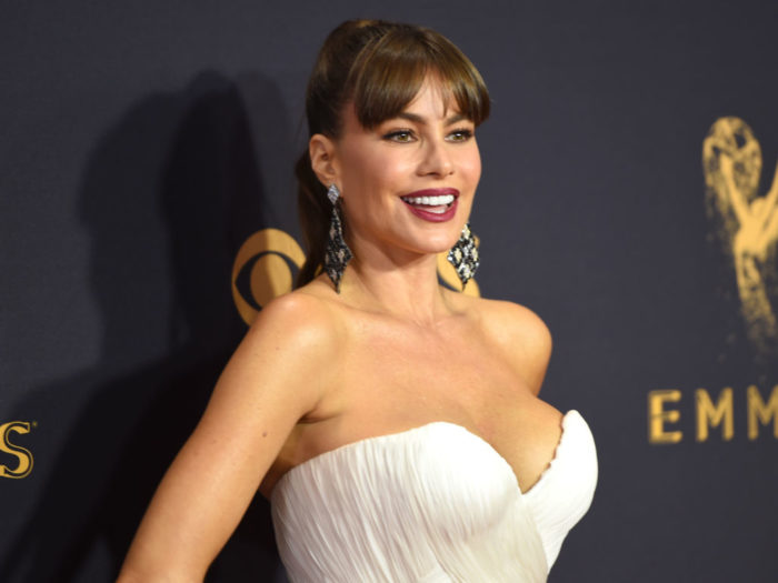 Emmy Awards 2017: Sofia Vergara flaunts SERIOUS cleavage and jaw-dropping curves