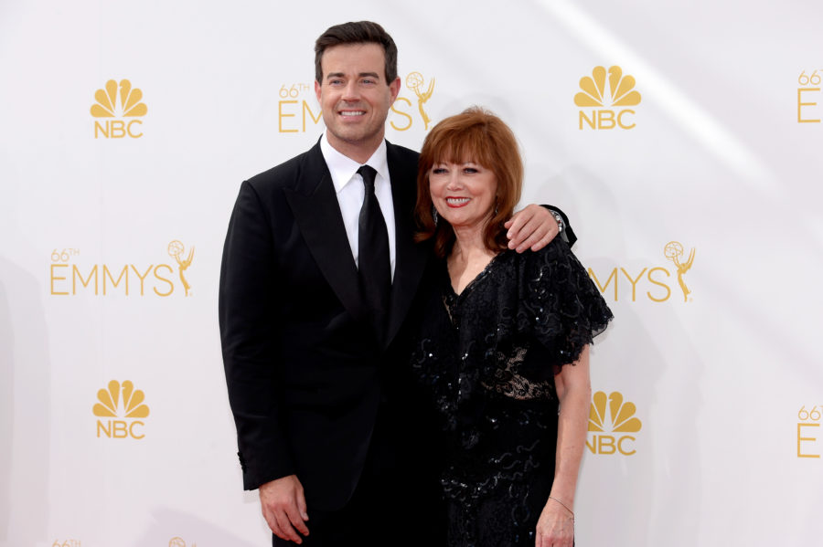 Carson Daly opened up about the death of his mom in a heartbreaking tweet