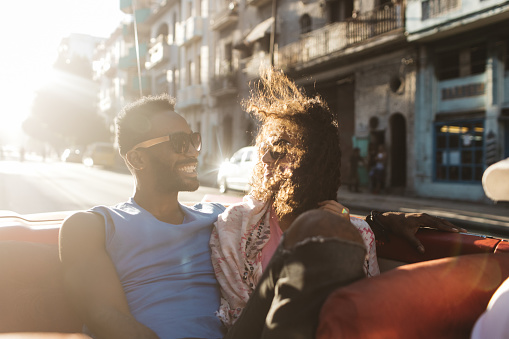 7 ways a relationship can get stronger when you're going through a sex drought