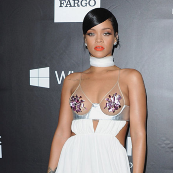 13 of the most daring red carpet outfits of all time