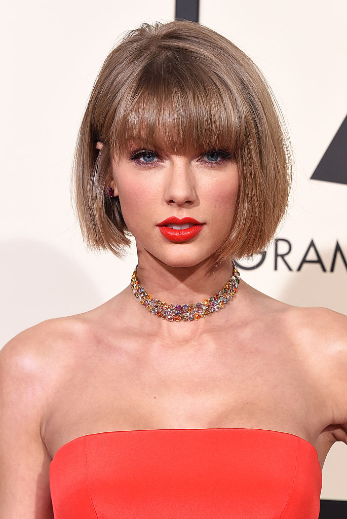 LOS ANGELES, CA - FEBRUARY 15:  Recording artist Taylor Swift attends The 58th GRAMMY Awards at Staples Center on February 15, 2016 in Los Angeles, California.  (Photo by Steve Granitz/WireImage)