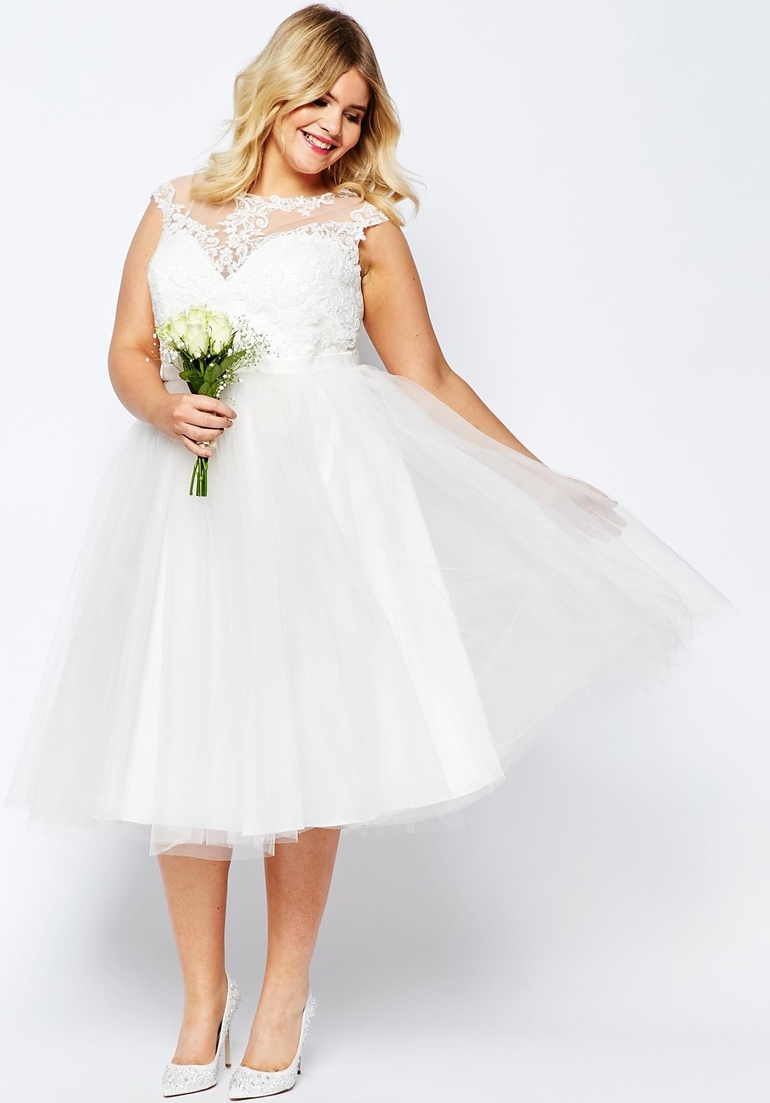 12 gorgeous plus size wedding dresses all under 500 for Plus size midi dresses for weddings