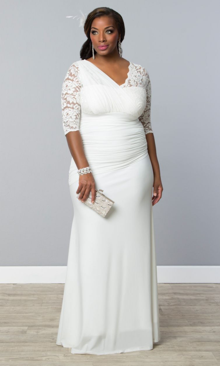 ef9fca8e36 12 gorgeous plus-size wedding dresses —all under  500 - HelloGiggles