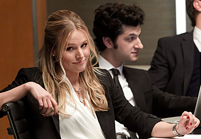 Kristen Bell as Jeannie Van Der Hooven, Ben Schwartz as Clyde Oberholt, and Josh Lawson as Doug in House of Lies - Photo: Jordin Althaus/SHOWTIME - Photo ID: house_of_lies_101_3502