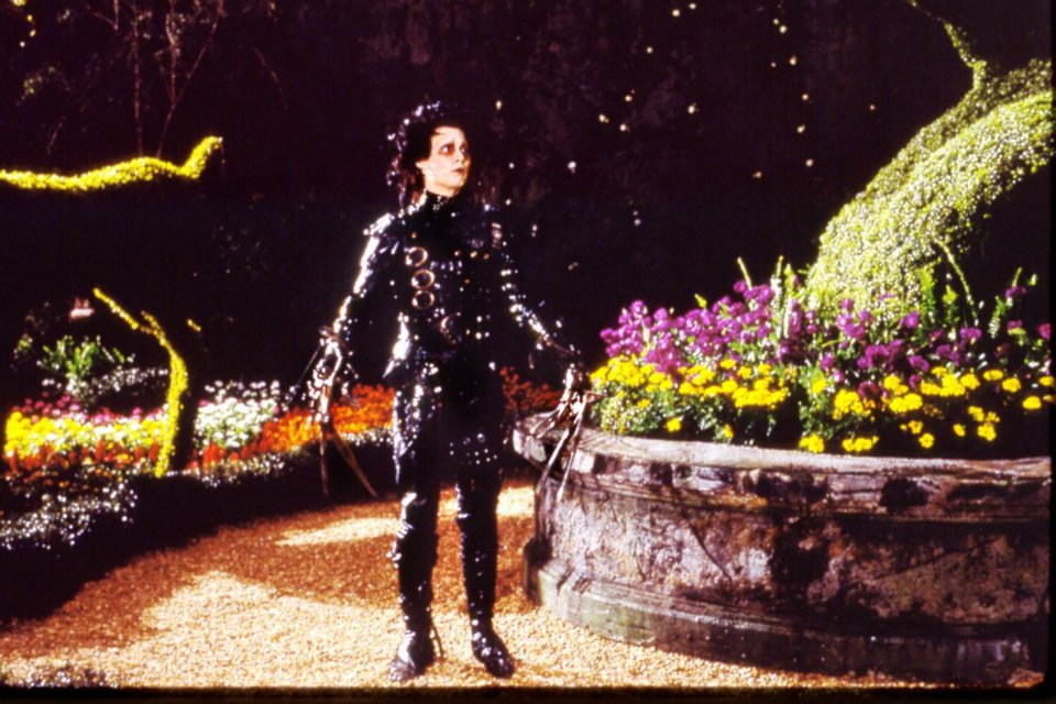 A scene from the 1990 film Edward Scissorhands.
