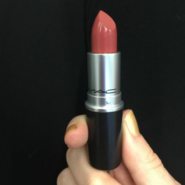 """Caitlyn Jenner claims her new MAC lipstick is """"universal"""