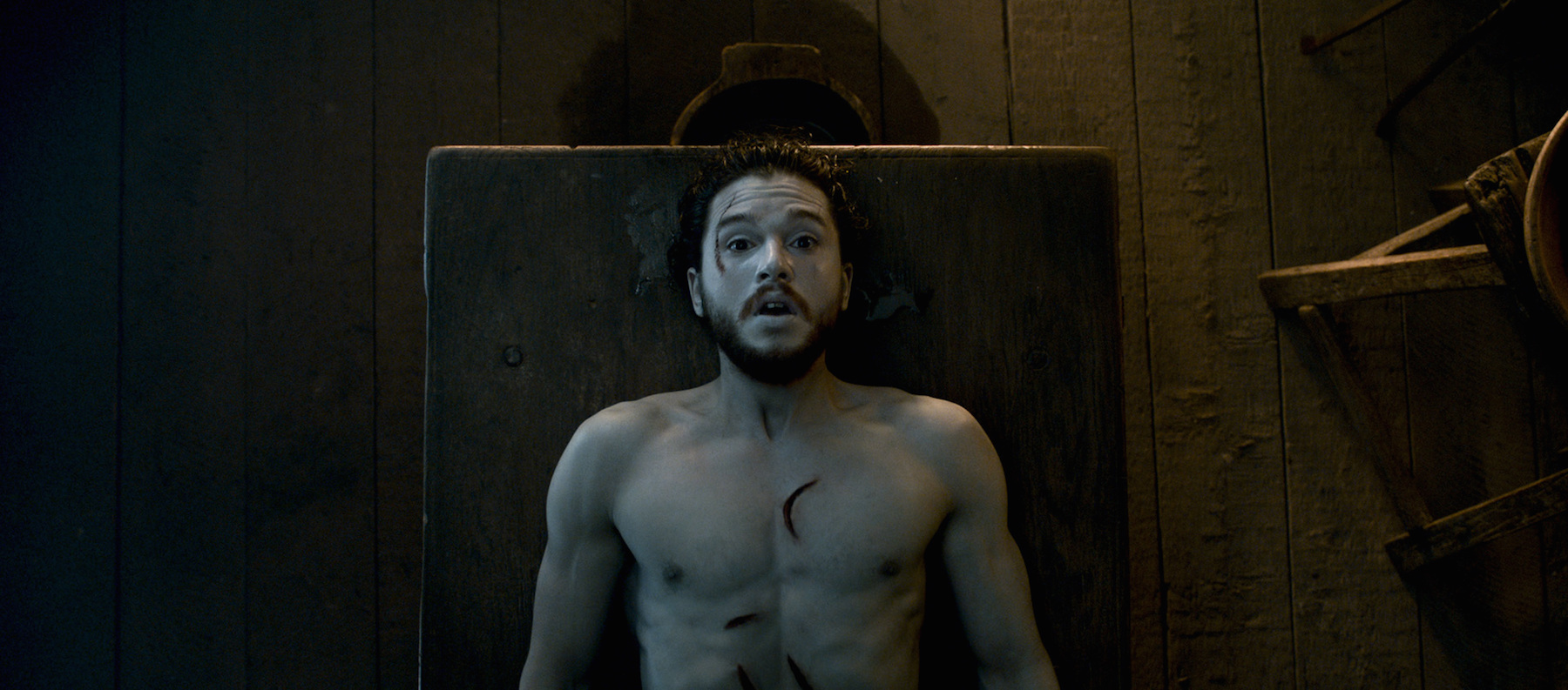 15 other things we'd like Kit Harington to apologize for today, aside from being ~dead~