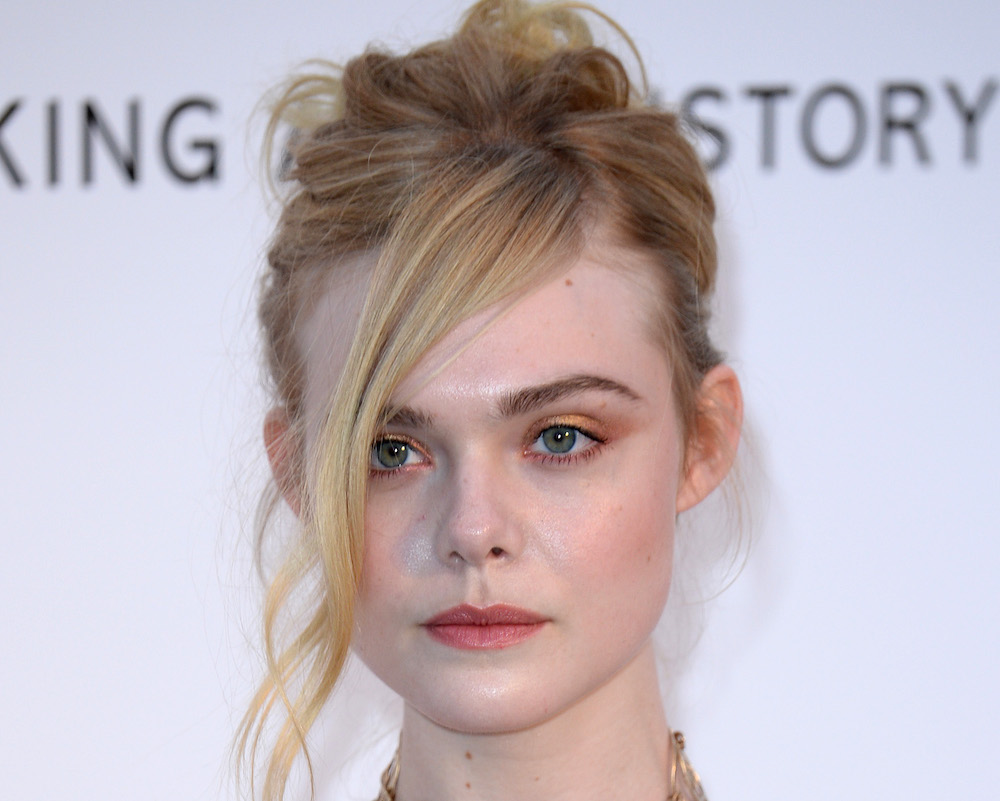 Elle Fanning Looks Like A Fancy Peacock At Cannes