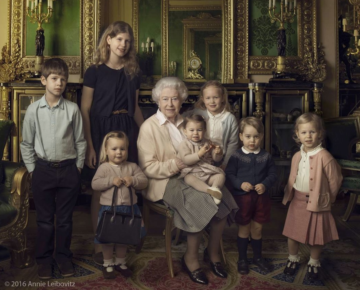 The adorable reason why the Queen's granddaughter was holding her purse in that iconic royal portrait