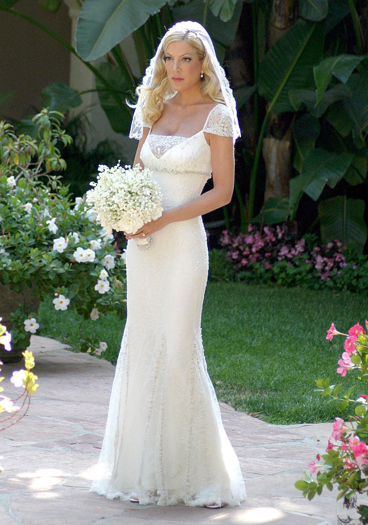 19 iconic celebrity wedding dresses that are still #goals ...