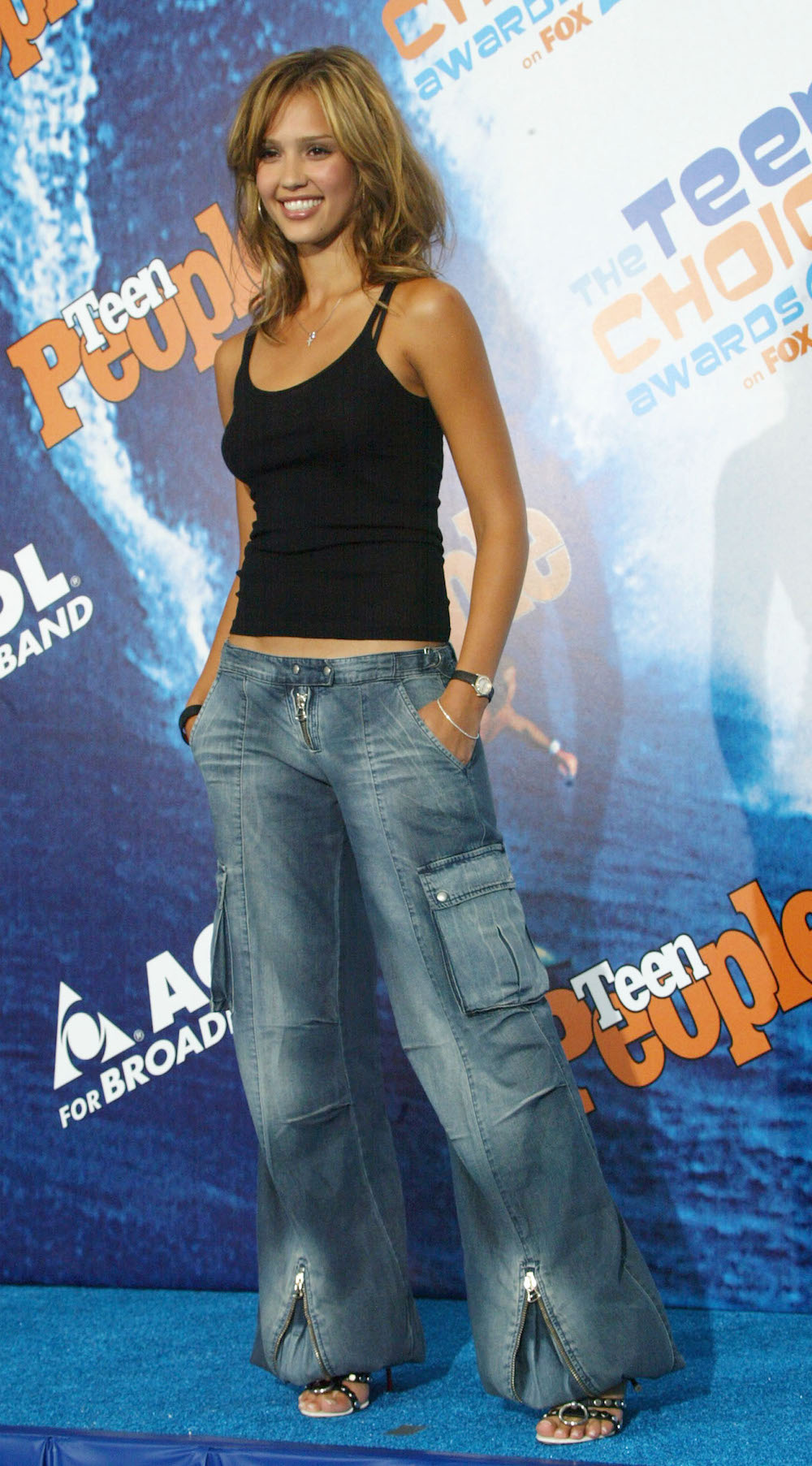 Jessica Alba Used To Think Baggy Cargo Pants Were The Coolest Just Like You