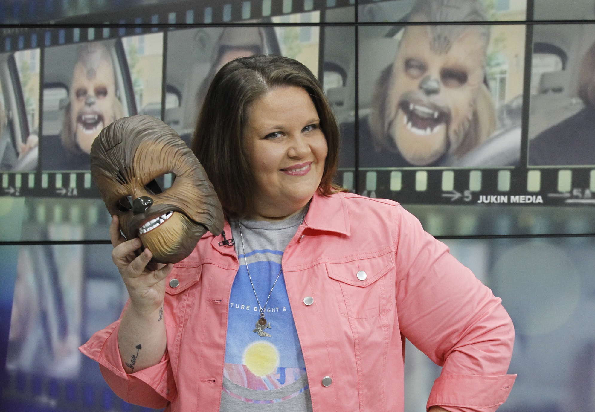 Here's how much money Chewbacca Mom has made