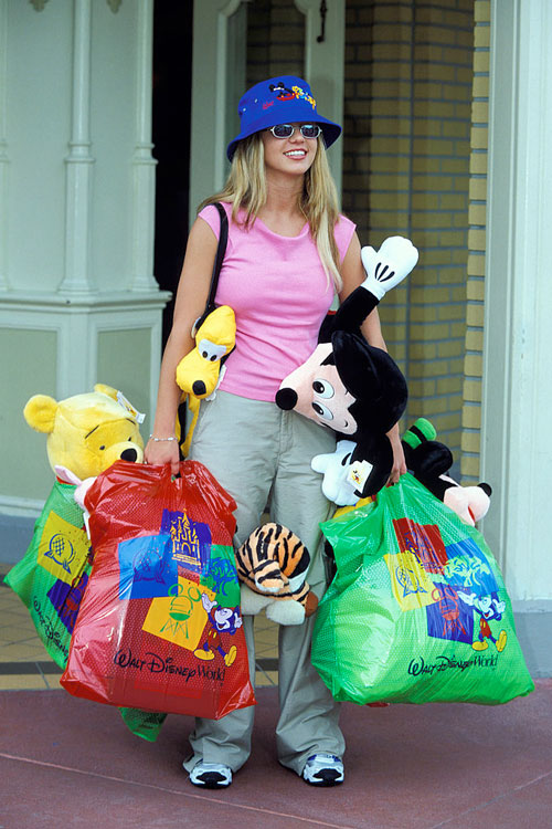 britney spears shopping disney