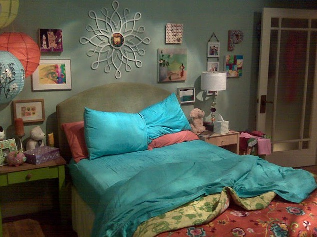 This is how much penny s apartment on the big bang theory for Decoracion piso big bang theory