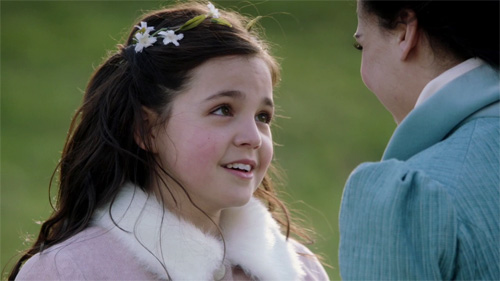 who plays young snow white on once upon a time