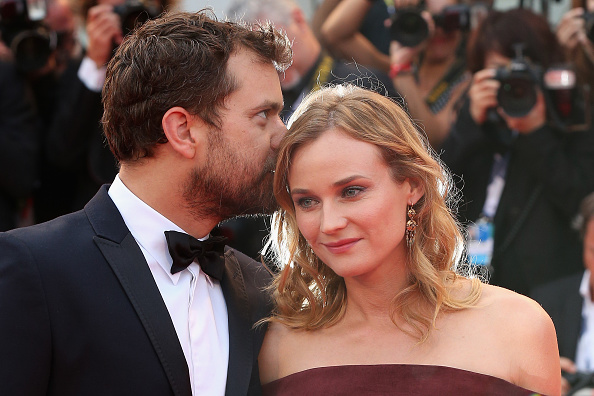 VENICE, ITALY - SEPTEMBER 04:  Joshua Jackson and Diane Kruger attend a premiere for 'Black Mass' during the 72nd Venice Film Festival on September 4, 2015 in Venice, Italy.  (Photo by Franco Origlia/Getty Images)