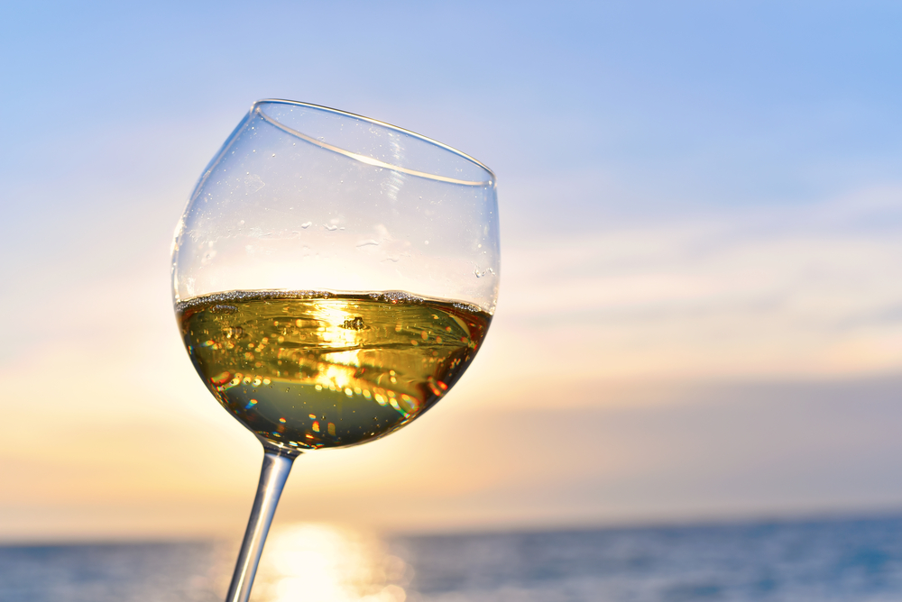 6 delicious hacks every wine-lover needs to try this summer
