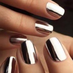 People have lost their GD minds over this mirror nail polish