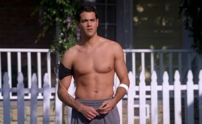 psa jesse metcalfe from quotdesperate housewivesquot is still