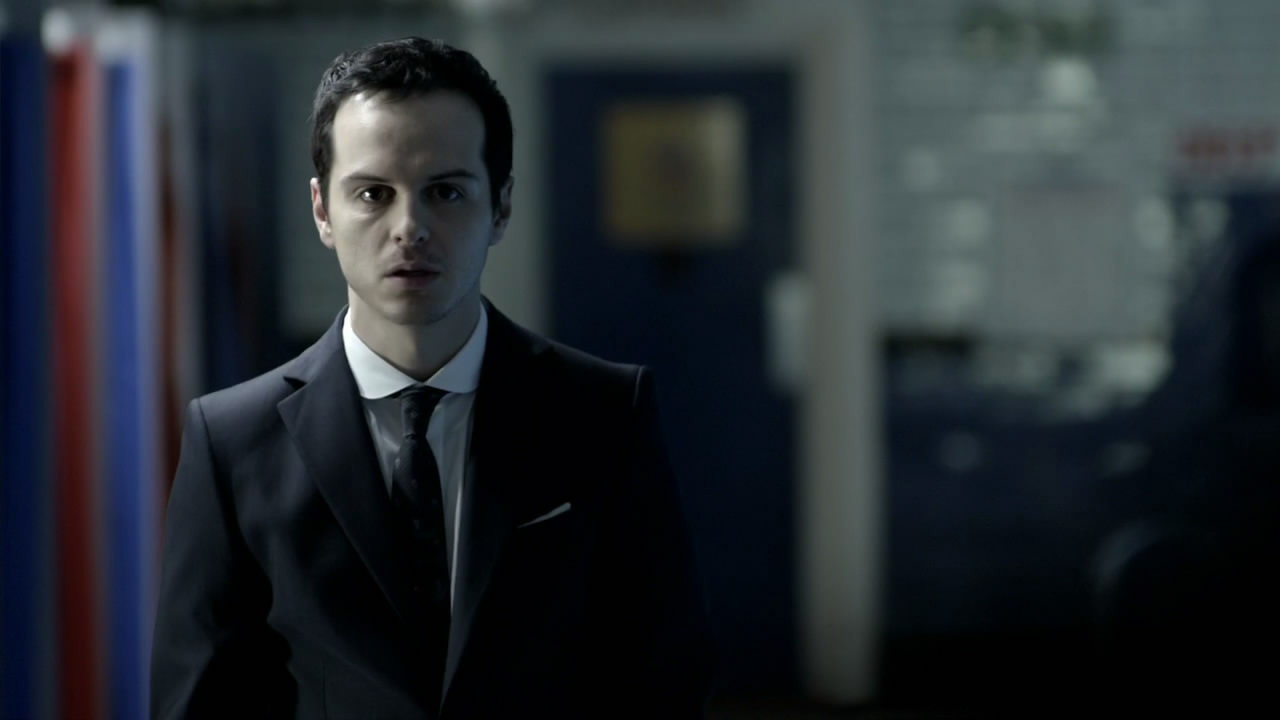 whoa moriarty from sherlock is unrecognizable in real life