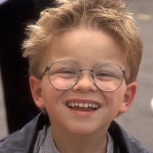 """This is what the little boy from """"Stuart Little"""" looks like today (Hint: He's GORGEOUS!)"""