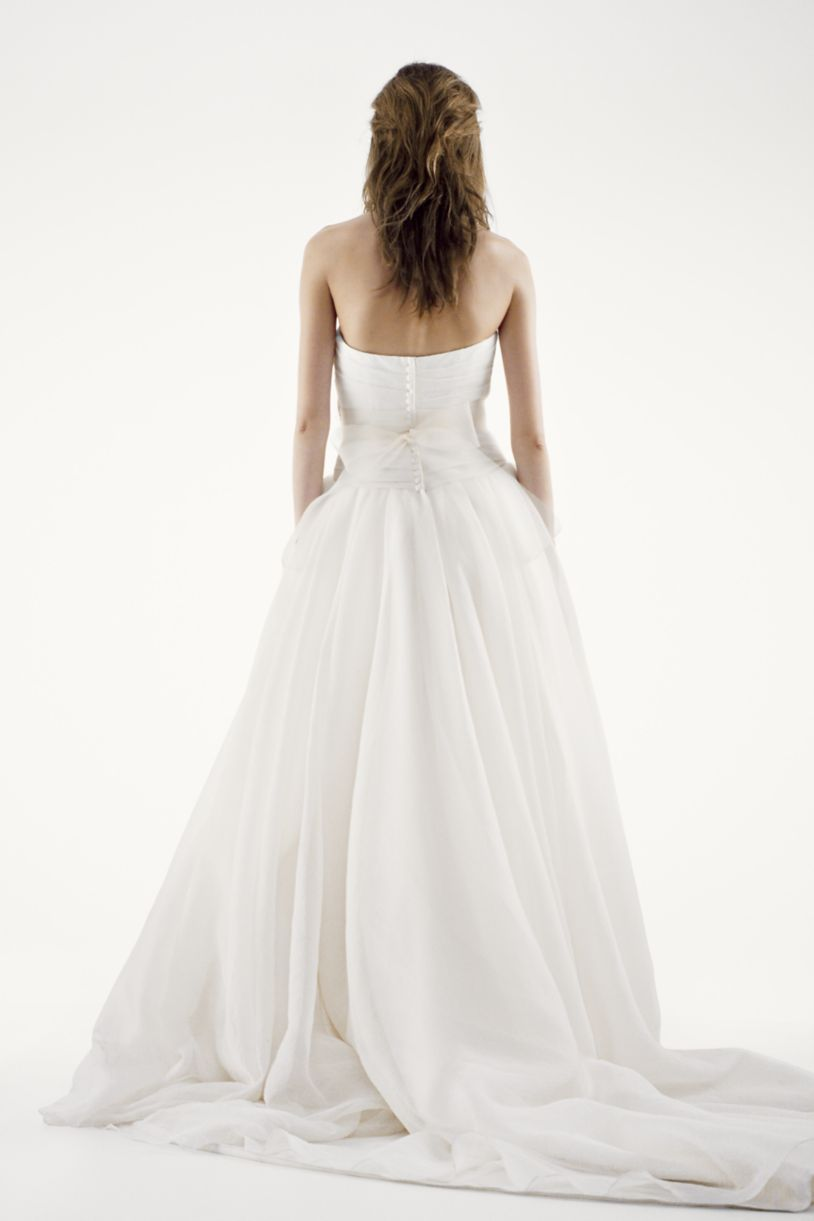 The #1 best-selling wedding dress at David\'s Bridal is a flowy ...