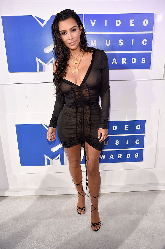 NEW YORK, NY - AUGUST 28: Kim Kardashian West attends the 2016 MTV Video Music Awards at Madison Square Garden on August 28, 2016 in New York City.  (Photo by Kevin Mazur/WireImage)