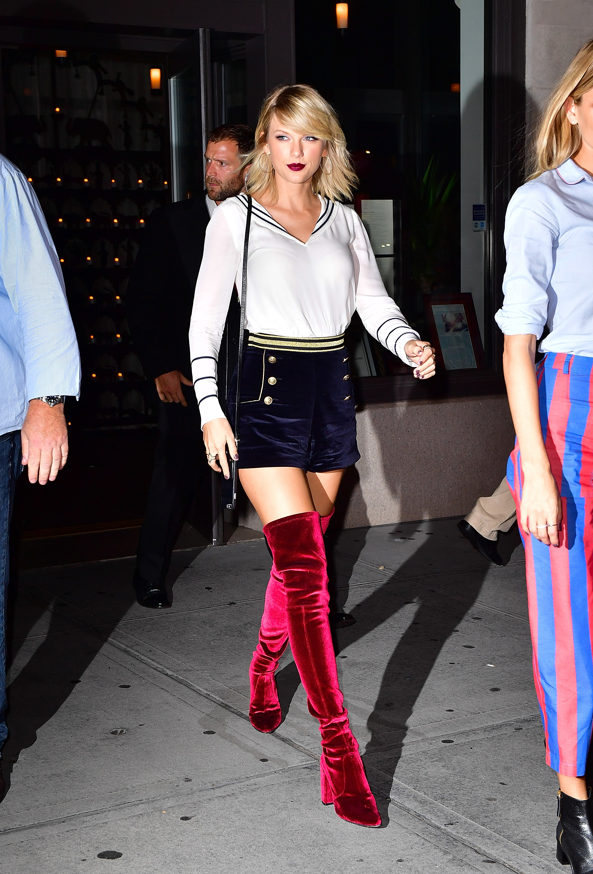 Taylor Swift Was Channeling Serious Nautical Vibes At Gigi