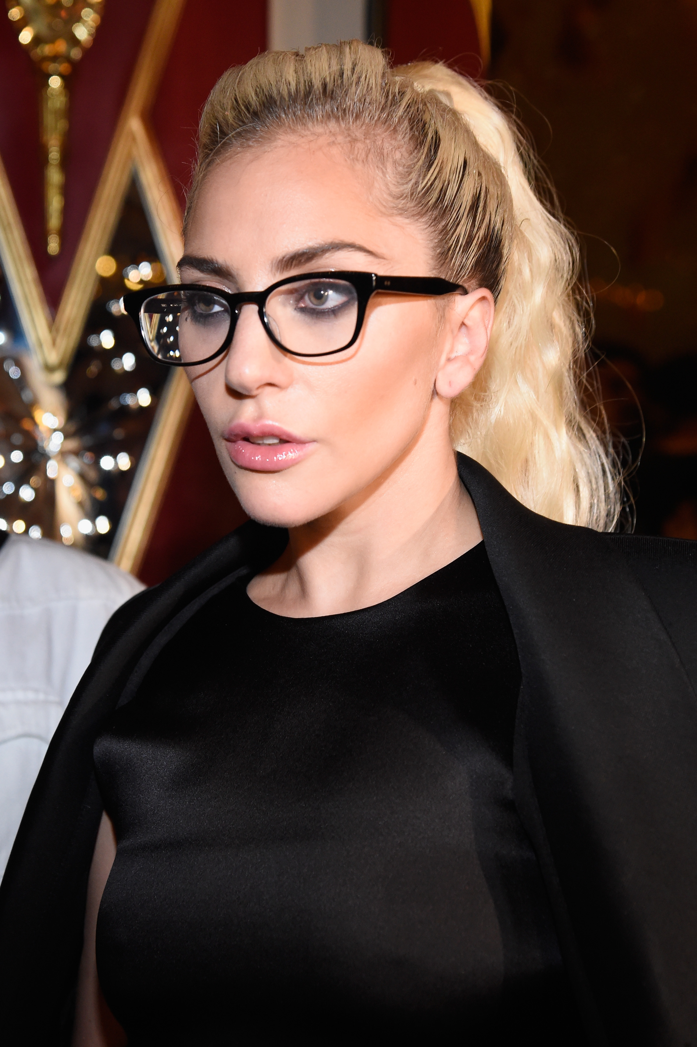 Just So You Know Lady Gaga Just Got Glasses And She Looks
