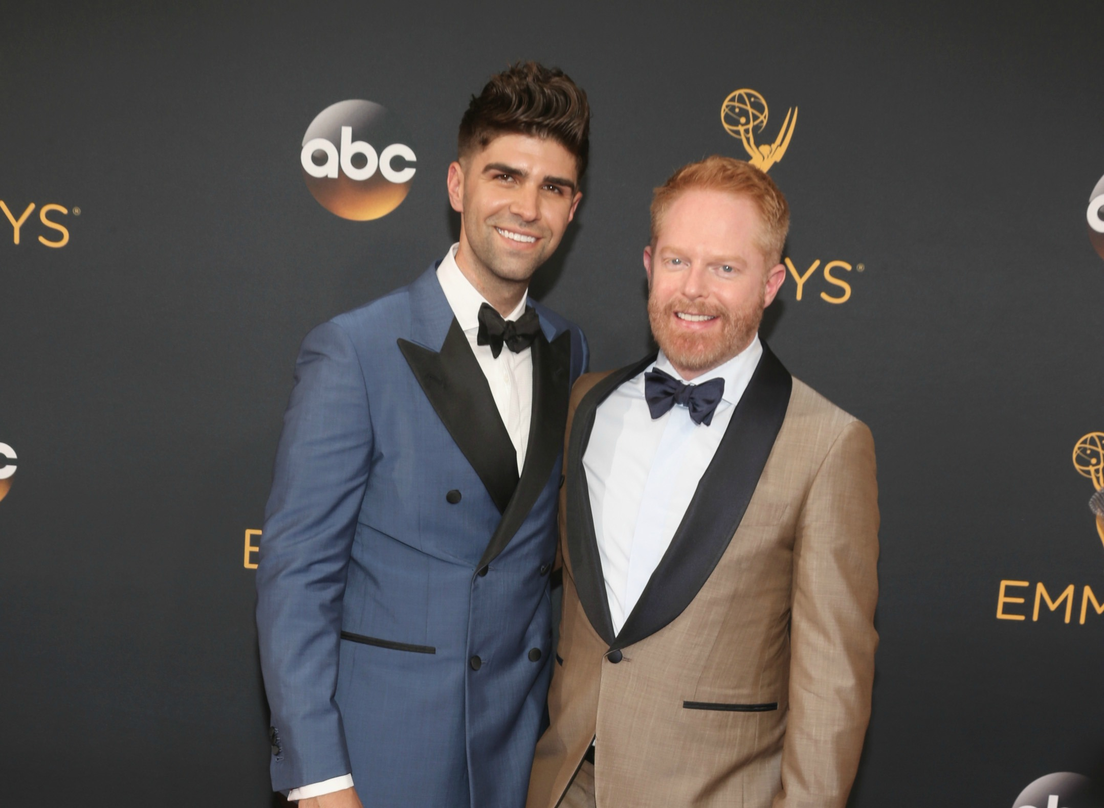 """Modern Family's"" Jesse Tyler Ferguson and his husband looked super adorbs at the Emmys"