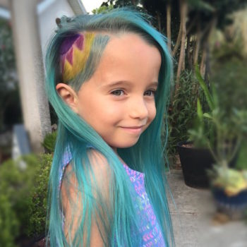 People are freaking out because this mom gave her daughter unicorn hair