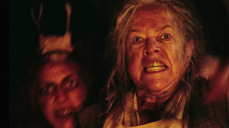 """This new """"American Horror Story"""" theory points out ...  Kathy Bates American Horror Story"""