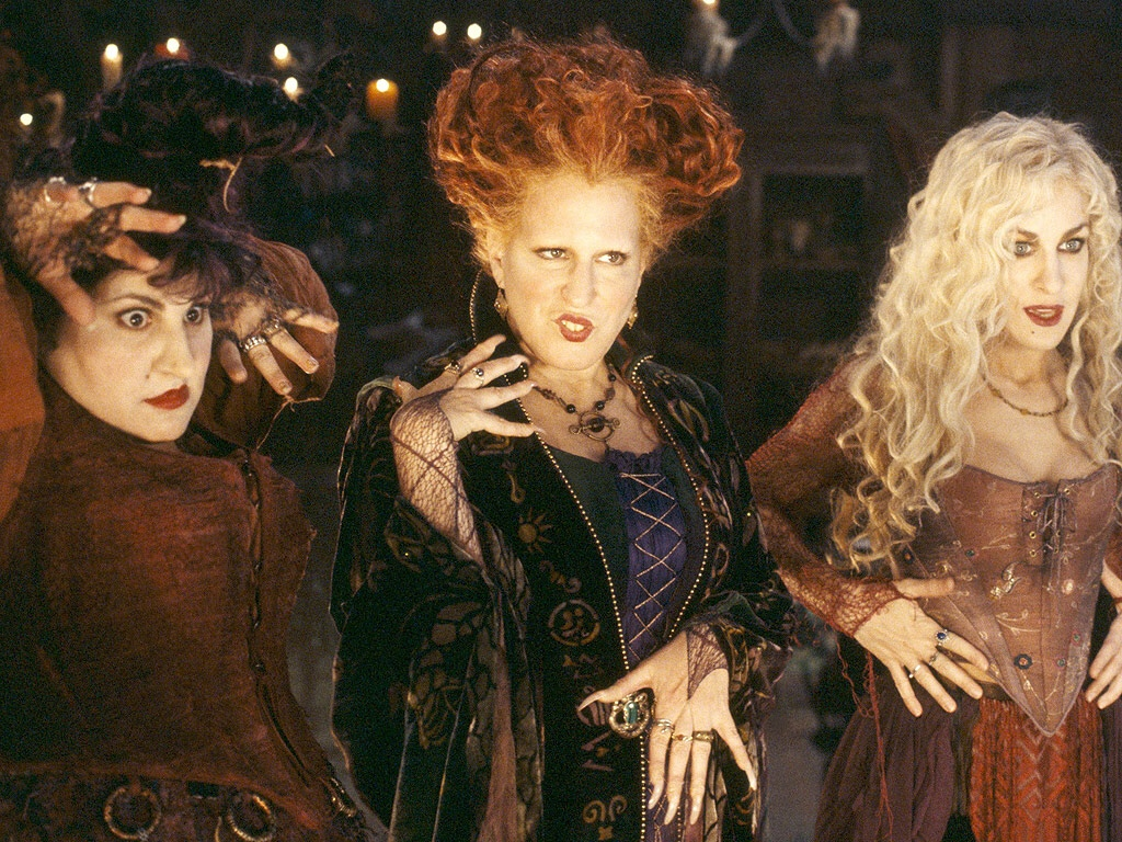 this womans transformation into all three hocus pocus witch sisters is enchanting - Halloween Movies About Witches