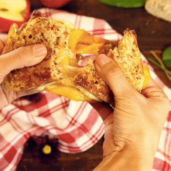 Apple pie grilled cheese is here to make your autumn dreams come true