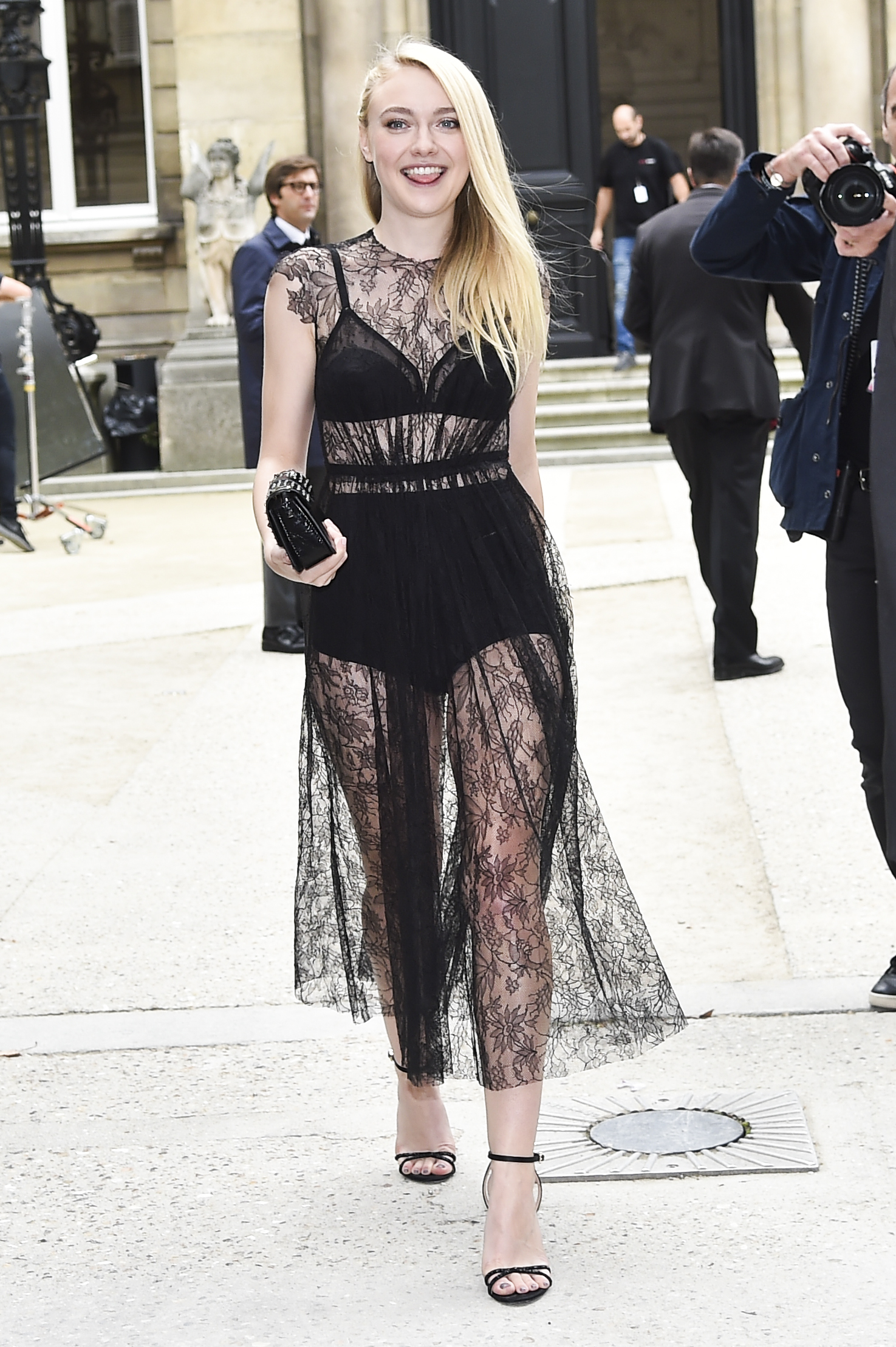 Dakota Fanning Wore Ink Black Underwear Covered In Plenty