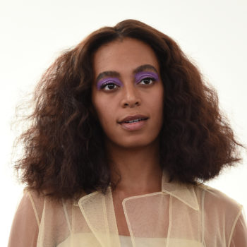 Solange just wore the most beautiful cropped coat, hello pastel #stylegoals