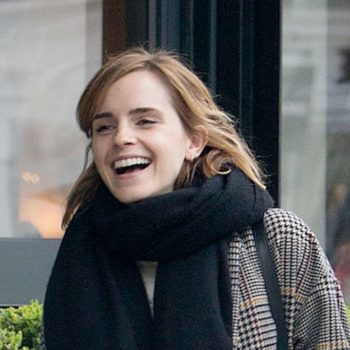 Emma Watson just declared it's fall season with this chunky AF sweater